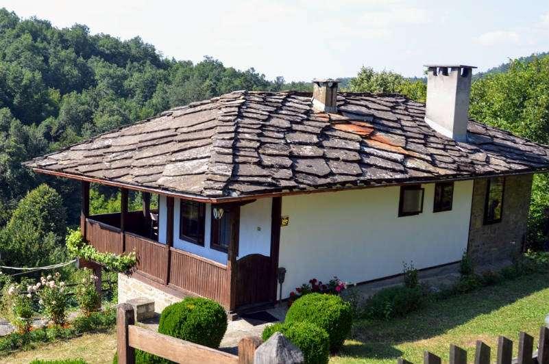 Casa tradicional en Bozhentsi, Bulgaria