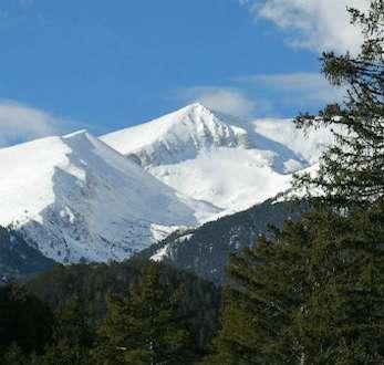 Los picos de la montaña Pirin, Bulgaria