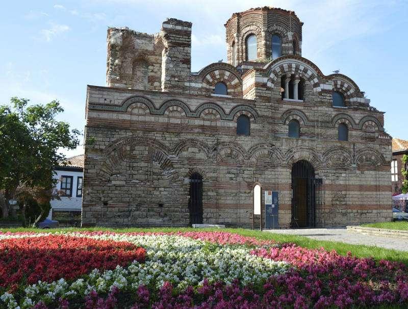La iglesia en Nessebar, Bulgaria