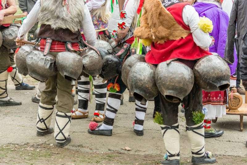 kukeri-costumbres-tradiciones-bulgaria