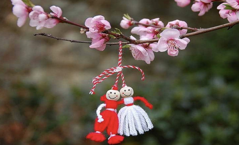 martenitsa-colgada-arbol