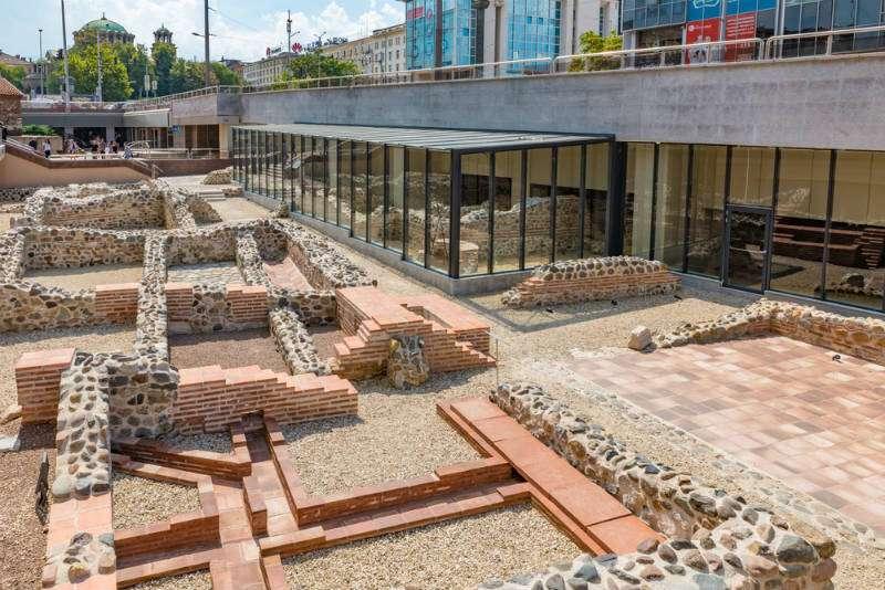 ruinas-anfiteatro-serdica-sofia